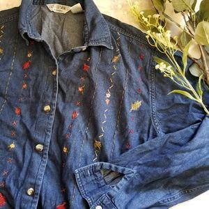 Vintage Victoria Jones 1X Floral Embroidered Top